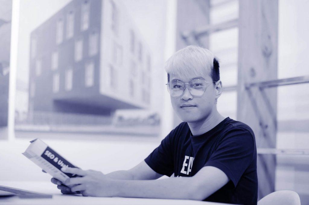 Up Thu Nhập blog - khoá học kiếm tiền với nghề Freelancer miễn phí
